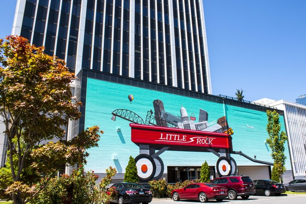 Picture of Playtime, a mural by Jason Jones, on the Union Plaza Building near Capitol and Main